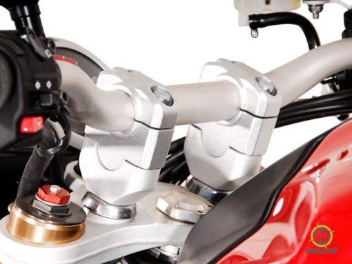 Handlebar Riser – 28mm Bar = 30mm Height (Silver) (KTM1190) (1)