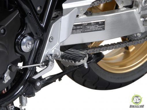 Wide Footpeg Kit – Honda Varadero (1)