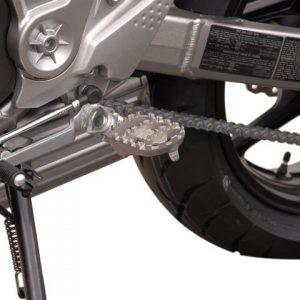 Wide Footpeg Kit – Kawasaki Versys (2)