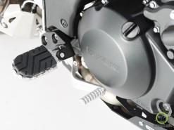 Wide Footpeg Kit - Suzuki DL 650 (2)