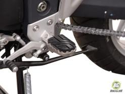 Wide Footpeg Kit - Triumph Tiger 1050i (1)