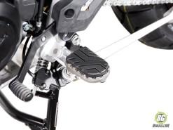 Wide Footpeg Kit - Triumph Tiger 800 XC-Tiger 800 (1)