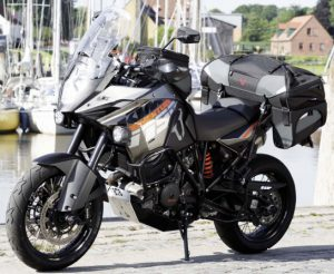 SW-Motech Speedpack wide on KTM 1190
