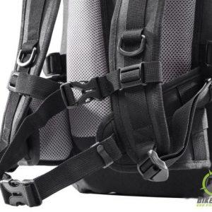 004Triton Back pack