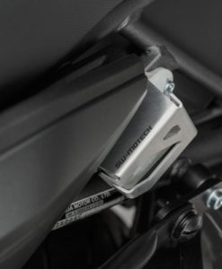Honda Africa Twin CFR1000_brake reservoir protector