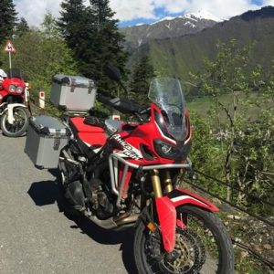 africa-twin-globescout-panniers_001