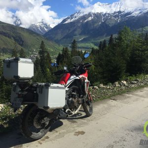 africa-twin-globescout-panniers_003